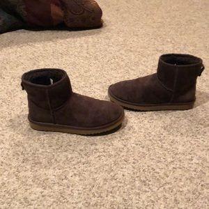 Ugg brown suede classic mini sheepskin boots 8